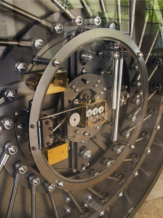 Twisted Mechanism Round Vault Door
